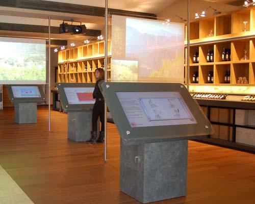 Paradigm provides foil for vineyard