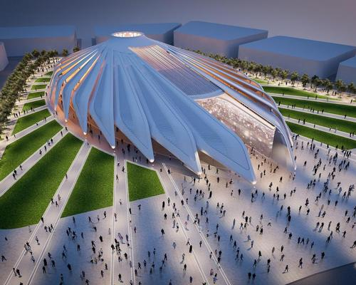 Santiago Calatrava's pavilion is inspired by the wings of a falcon, a national symbol of the UAE / Santiago Calatrava