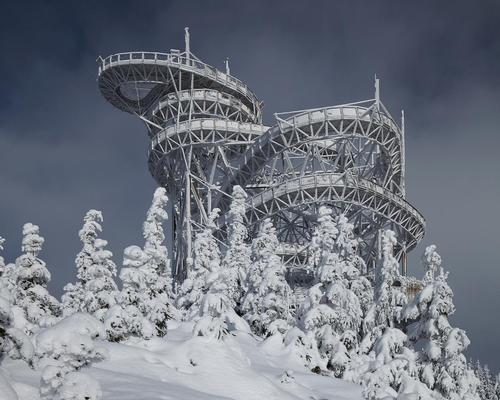 The Sky Walk is the latest attraction for the Dolni Morava Relax and Sport Resort in the Czech Republic / Jakub Skokan, Martin T?ma / BoysPlayNice