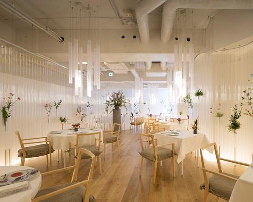 The Nacrée French restaurant in Miyagi, Japan / Masao Nishikawa