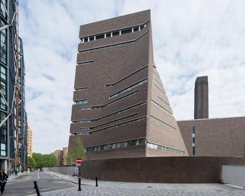 The extension has added 60 per cent of space to the Tate Modern / Iwan Baan