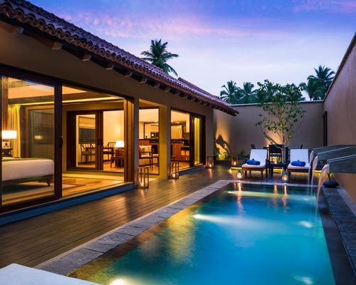 Designed by the late Sri Lankan architect Geoffrey Bawa, Anantara Kalutara is surrounded by tropical gardens and coconut palms, and features a simplistic elegance