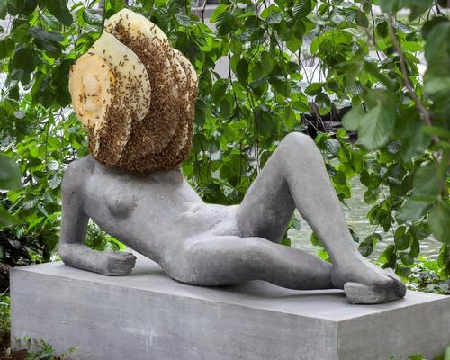 MoMA live streamed a day of footage of Pierre Huyghe's sculpture Untilled (Liegender Frauenakt) [Reclining Female Nude], 2012 / MoMA