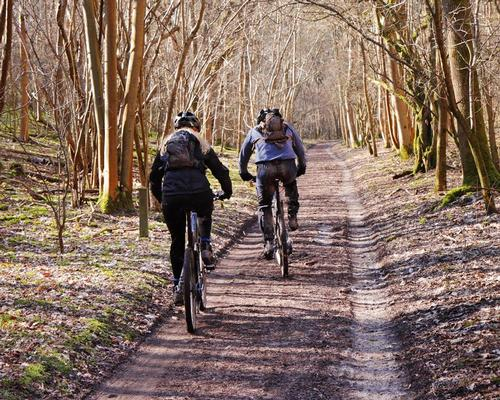 Giving cyclists access to more paths would also boost tourism and the economy, according to British Cycling / Chrislofotos/Shutterstock.com