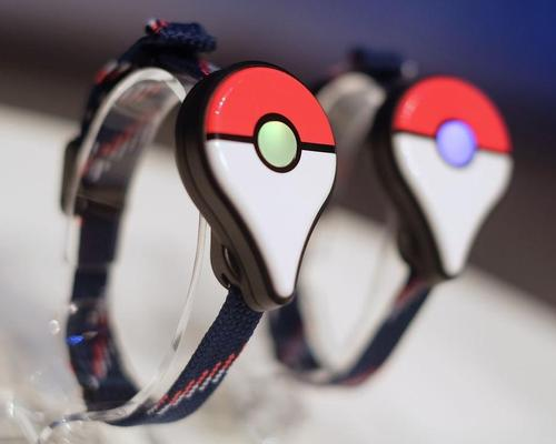 Connected via Bluetooth, the companion device will allow players to collect resources from Pokéstops and catch Pokémon on the go