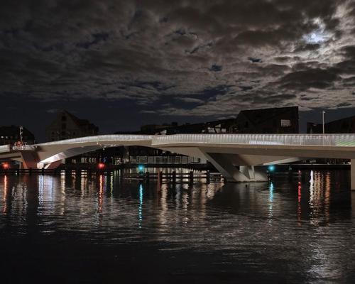 The architects said 'quiet sophistication and grace of motion' were the key drivers for their Copenhagen bridge design / Studio Bednarski
