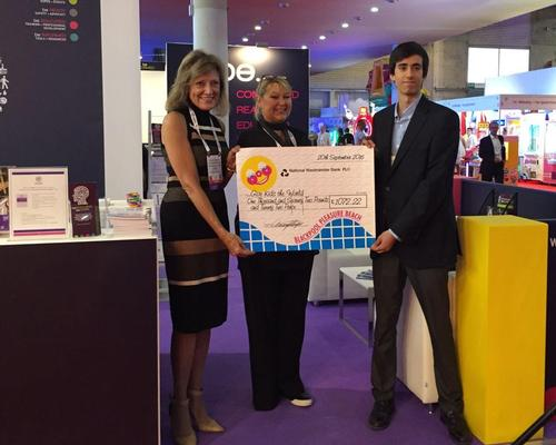 At a presentation at EAS, the teenager handed the cheque to charity CEO Pamela Landwirth / Alice Davis