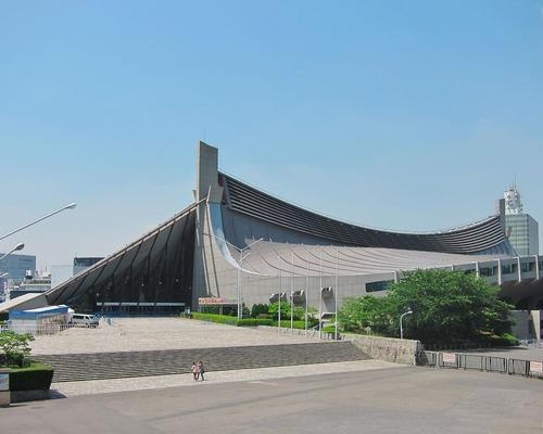 The Yoyogi National Gymnasium is famous for its suspension roof design / Wiki Commons