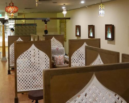 The company's Indian origins are part of the decor, with stained glass hanging lamps and moghul-inspired archways featuring throughout