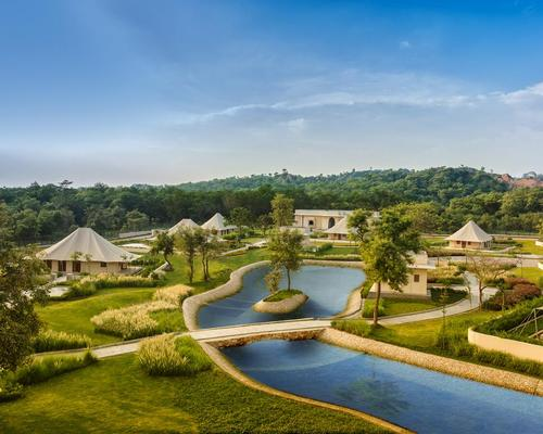 The Oberoi Sukhvilas is set in a relatively unknown area of natural beauty, the protected Siswan Forest Range