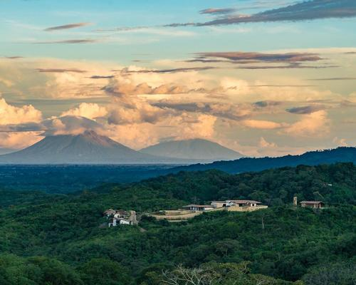 Nekupe is located in the lush Nicaraguan countryside
