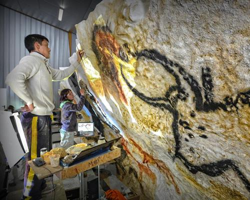 Lascaux IV complements the other attractions surrounding the Unesco World Heritage Site / Denis Nidos