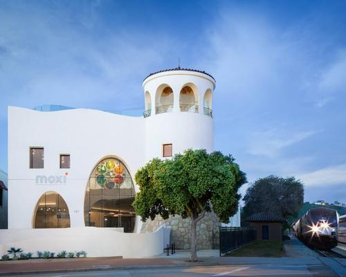 The signature Santa Barbara Spanish Colonial style, sea-inspired building was the brainchild of the late Barry Berkus, whose vision was seen through by architects AB Design Studio following his death in 2012