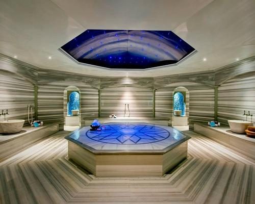The spa is managed by Resense and designed by South African studio K/M2K / K/M2K Architecture and Interior Design