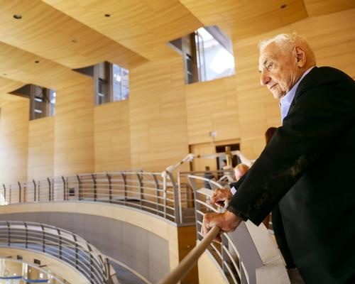 Frank Gehry, a lover of classical music, waived his fee for the project / Thomas Rosenthal