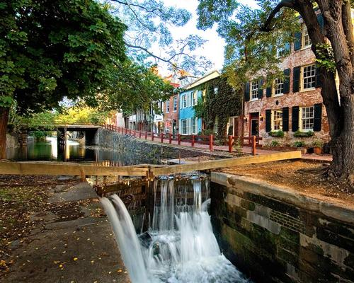 The design team will hold public consultations to develop a Georgetown Canal Plan / Richard Frasier