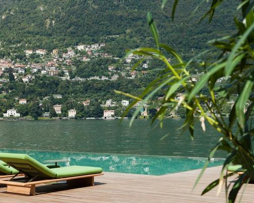 An infinity pool looks out onto the lake / Patricia Parinejad