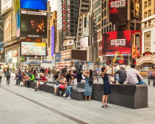 Ten 50ft-long granite benches allow pedestrians to move through the area more comfortably / Michael Grimm