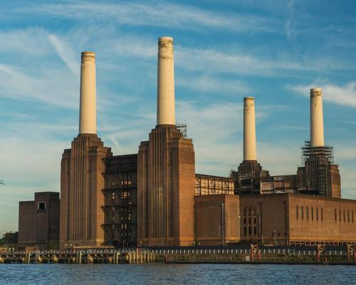 The two pairs of original chimneys – built in the 1930s and the 1950s respectively – are very familiar in popular culture / Wiki Commons