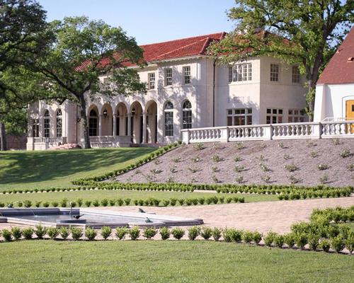 Auberge secures deal to manage Austin's The Commodore Perry Estate
