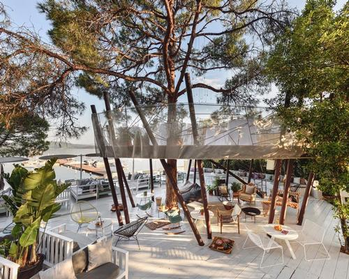 The Treehouse, which can cater for ten diners per evening, was built using local materials sustainably sourced from Greece's Halkidiki beaches / Design Hotels Group