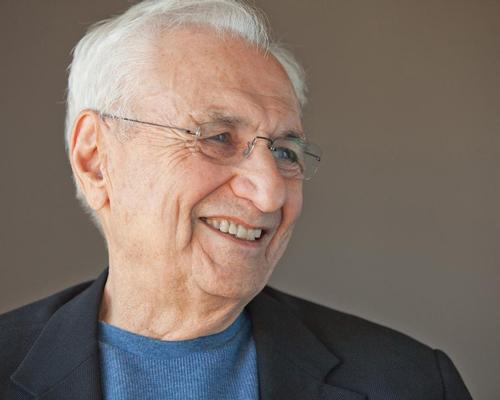 Gehry visited North Adams last week to visit the site earmarked for the Extreme Model Railroad and Contemporary Architecture Museum / Gehry Partners LLP