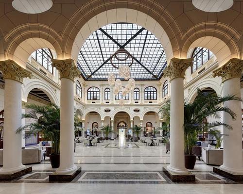 "Malaga's ""grande dame"" hotel opens botanical spa by Sisley"