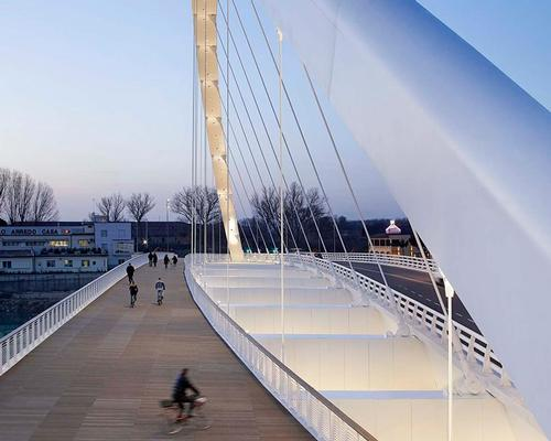 The international architecture firm have spent twenty years working on the Cittadella Bridge, which reconnects the modern city of Allesandria with the Citadella, an 18th century fort / Hufton + Crow