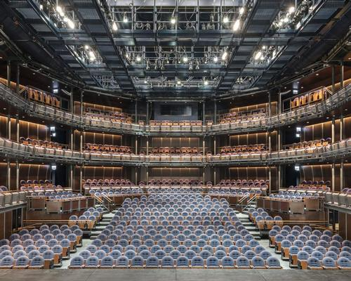 Nine audience seating towers, each the size of a London double-decker bus, can be rearranged in twelve different configurations / James Steinkamp Photography