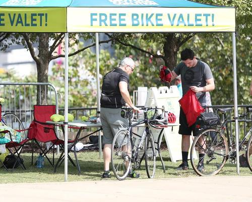 A free bike valet service on event days encourages fans to travel on two wheels / HOK
