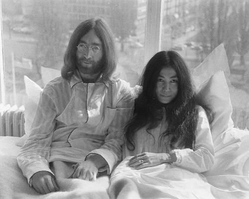 The Montreal hotel suite where John Lennon and Yoko Ono held their iconic Bed-In protest in May 1969 has been redesigned to celebrate 2017's International Day of Peace / Wiki Commons