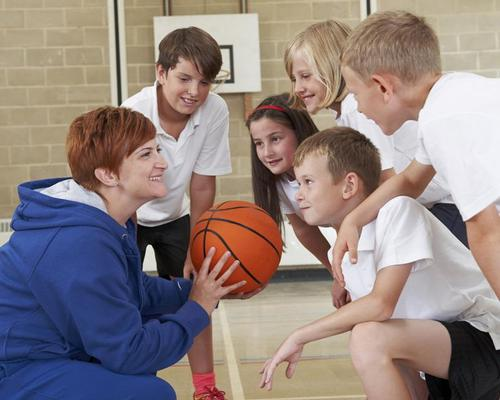 Schools should teach PE daily to boost children's brains, say researchers