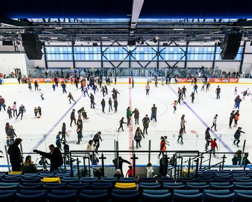 Crowds flocked to the new ice rink to enjoy ice skating in the town for the first time in five years / Everyone Active