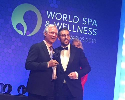 John Stewart, Kamalaya co-founder and chair (left), was in London to receive the award, which was presented to him by Matteo Brusaferri of Lemi Group (right)
