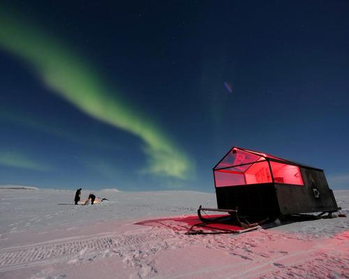 Hotel on skis: Mobile cabin allows guests to enjoy Northern Lights from deep within the Arctic wilderness