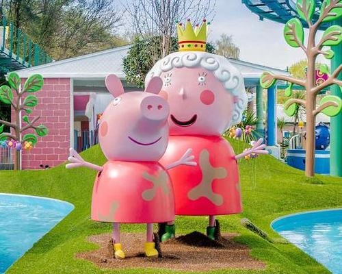 Royal-themed attraction opens at Peppa Pig World
