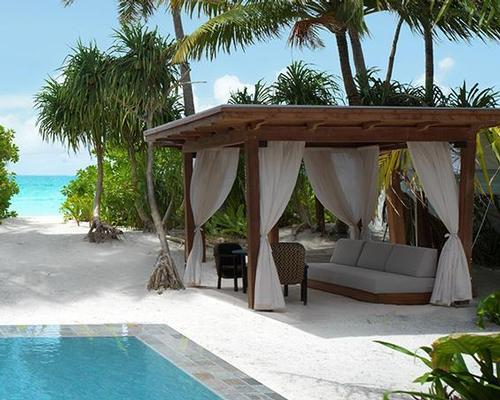 Outdoor relaxation spaces are designed to extend the spa experience beyond the treatment room