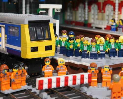 Legoland Discovery Centre removes Northern Rail replicas from attraction in wake of public travel woes