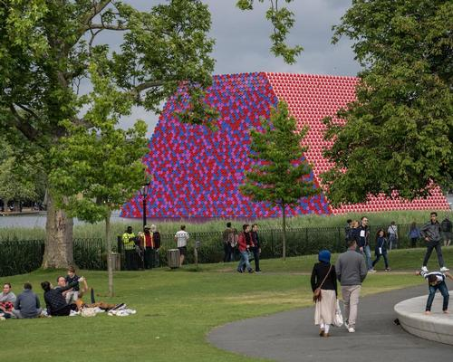 The London Mastaba, Christo's first outdoor public work in the UK, is formed of 7,506 horizontally stacked barrels on a floating platform / Wolfgang Volz