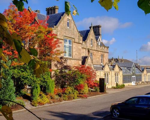 Macdonald Inchyra Hotel & Spa honoured at the Scottish Beauty Industry Awards