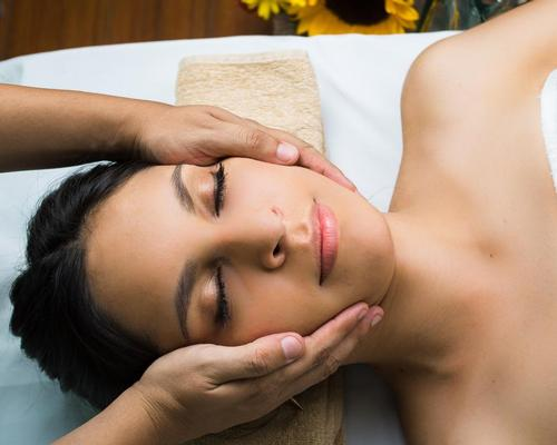 The course is designed to give students a thorough understanding of the spa environment including treatments and therapies, business strategy, marketing and communications and sales and promotions  / shutterstock