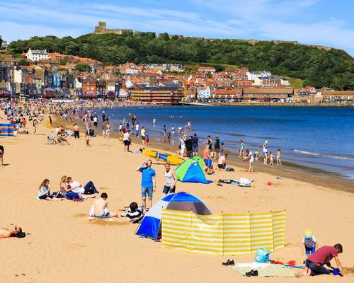The current heatwave in the UK has led to an economic upturn for the country's tourism industry