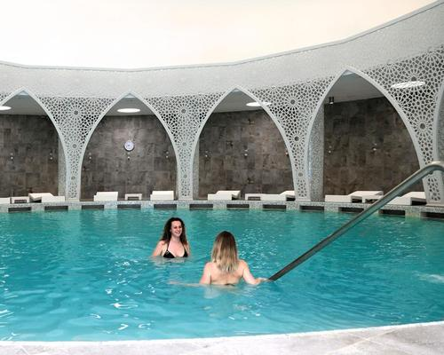 The spa has a large thermal pool with water sourced from 1,500m underground, as well as a pool and relaxation area reserved exclusively for women