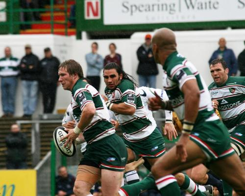CVC Capital Partners makes £275m bid for Premiership rugby