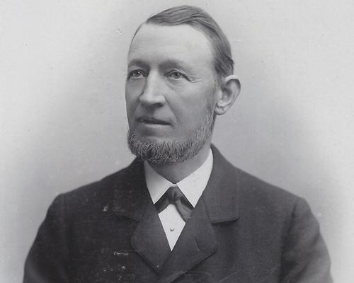 Carl Hagenbeck is known as the father of the modern zoo.