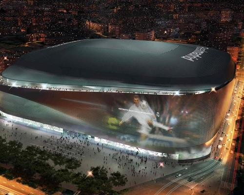 Designed by a team of architects – which includes L35, Ribas & Ribas and GMP Architekten – the renovation will increase the venue's capacity by more than 5,000, to around 90,000 / Real Madrid