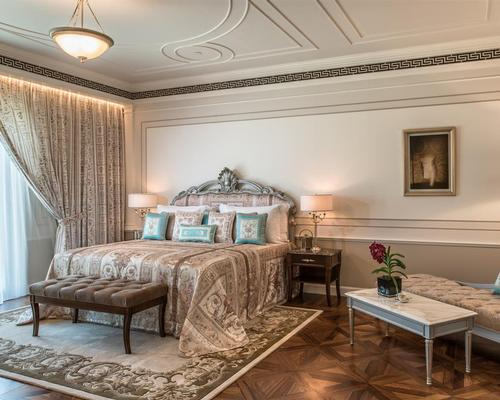 The company's artistic director and vice-director Donatella Versace has designed the interiors and furniture for each of the 215 rooms and suites / Palazzo Versace Dubai