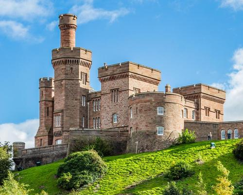 Inverness Castle dates back to the 11th Century, with the existing red sandstone complex built during the 1830s / Shutterstock.com