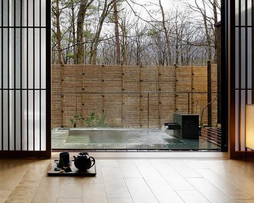 Last year Yukio Hashimoto completed a renovation of the 32-room Chikusenso hot springs resort in Miyagi Prefecture, mixing traditional ryokan features with a contemporary twist