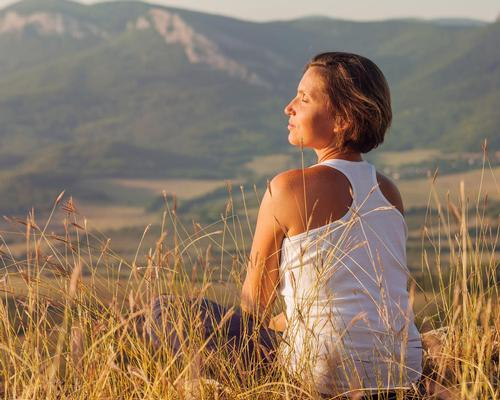 Everyday mindfulness linked to healthy glucose levels